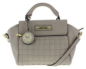 015ba2837ee2 Versace 19.69 On Sale - Tradesy