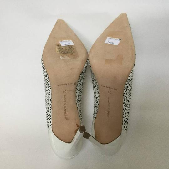 Manolo Blahnik Patent Leather Stiletto Pointed Toe Laser Never Worn White Pumps Image 8