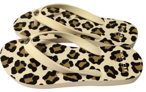 Coach Flip Flops Under50 Cream & Multi Sandals