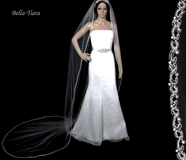 Item - Ivory Long Cathedral Light - Special One Left Bridal Veil