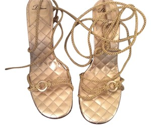 Delman Gold Sandals