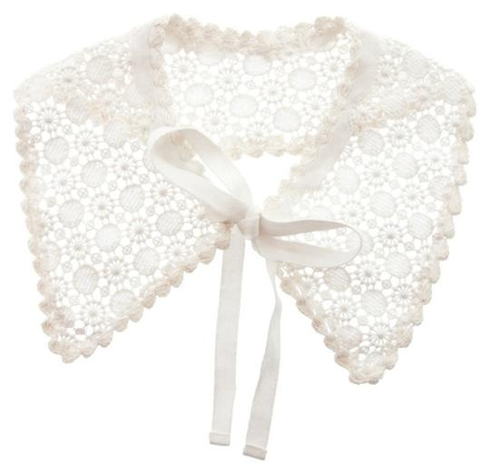 Other Crochet Collar in Off-White