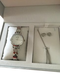 Bulova BULOVA Watch And Earring And Chain set