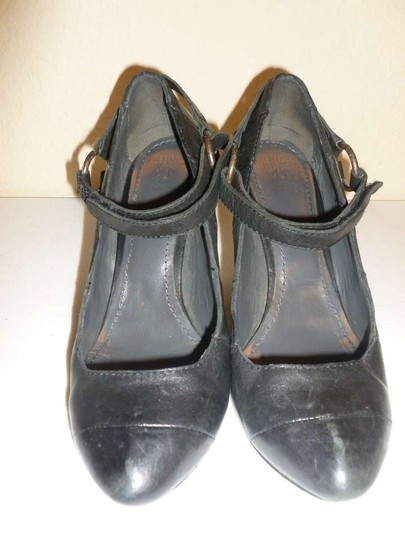 True Religion Wooden Heel Toe Cleavage Leather Distressed Black Pumps