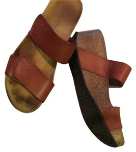 Eric Michael Pretty natural orangy leather color Sandals