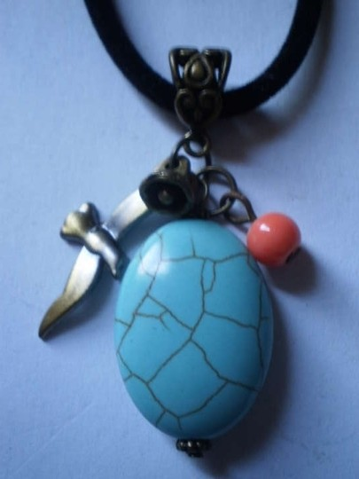 Other New Faux turquoise w/charms necklace