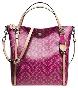 Coach Peyton Dream Signature Shoulder Bag