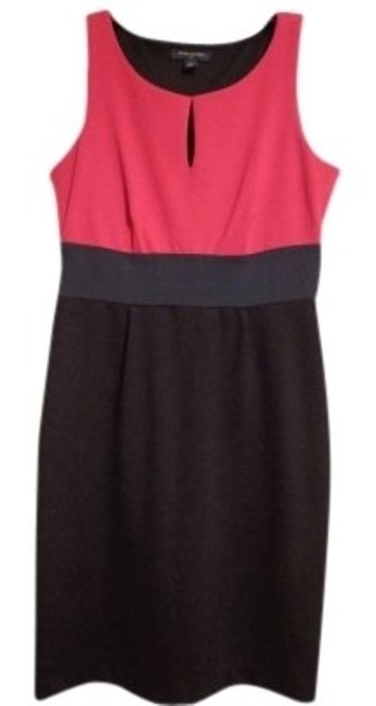 Preload https://item1.tradesy.com/images/banana-republic-pink-navy-and-black-color-above-knee-workoffice-dress-size-4-s-17195-0-0.jpg?width=400&height=650