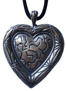 Other New Large heart necklace