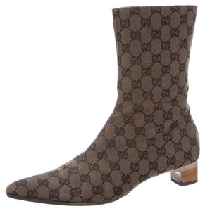 Gucci Pointed Toe Brown, Black Boots