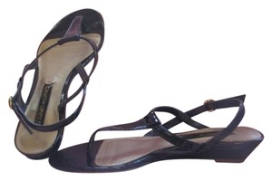Bandolino Rubber Sole Low Heel Comfort And Style Black Patent Leather Sandals