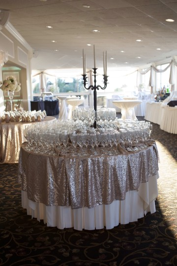 Round Champagne Sequin Tablecloth Size 120 Round.