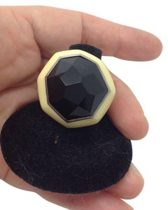 Ippolita size 7, black onyx, hexagon, ivory resin ring