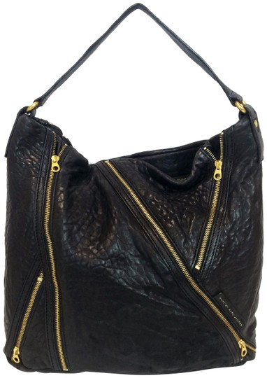 Preload https://img-static.tradesy.com/item/17198662/marc-by-marc-jacobs-leola-zipper-black-leather-tote-0-5-540-540.jpg
