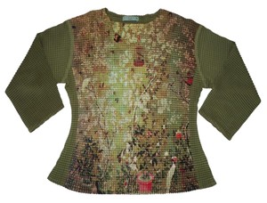 Komarov Pleated Crinkled Garden Floral Top