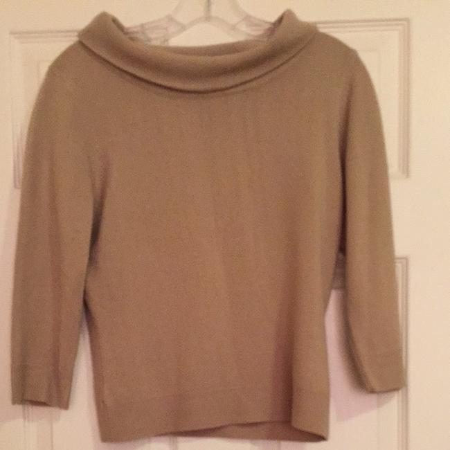 Preload https://item1.tradesy.com/images/topshop-camel-sweaterpullover-size-8-m-172005-0-0.jpg?width=400&height=650