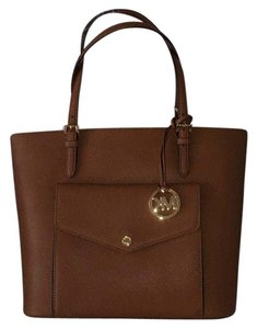 Michael Kors Jet Set Travel Tote in Tan