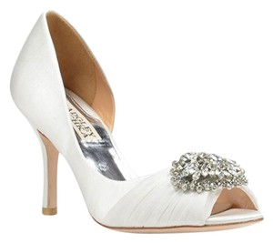 Badgley Mischka Pearson Satin Bridal Wide White Pumps