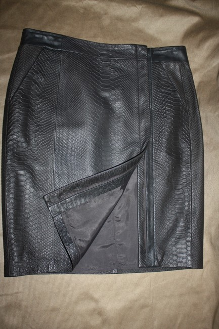 Vince Leather Snake Embossed Zipper Front Skirt Brown