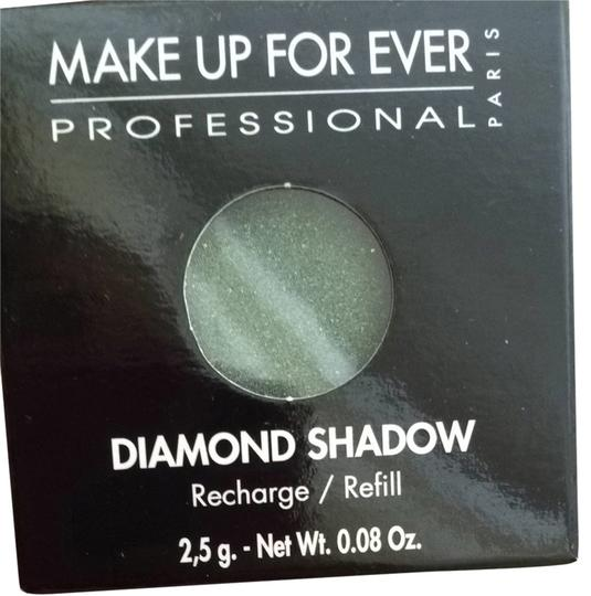 Preload https://item3.tradesy.com/images/make-up-for-ever-eye-shadow-1720647-0-0.jpg?width=440&height=440