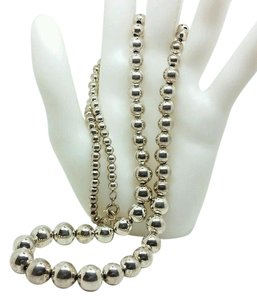 Napier VINTAGE NAPIER TM. STERLING MIRROR FINISHED GRADUATED 5MM-12MM BALL BEAD NECKLACE 25