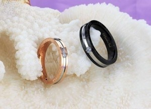 Valentine's Day 2pc Matching Wedding Bands Free Shipping