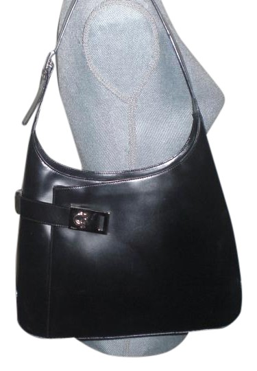 Preload https://img-static.tradesy.com/item/17208958/salvatore-ferragamo-gancini-shoulder-handbag-black-italian-leather-hobo-bag-0-1-540-540.jpg