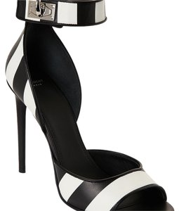 Givenchy black and white Pumps