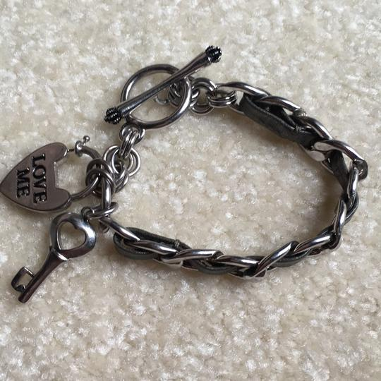 Juicy Couture Silver/Gray Leather Toggle Bracelet: Juicy Couture: Excellent Condition: Heart/Key Style Image 8