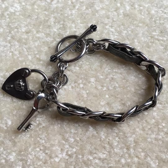 Juicy Couture Silver/Gray Leather Toggle Bracelet: Juicy Couture: Excellent Condition: Heart/Key Style Image 9