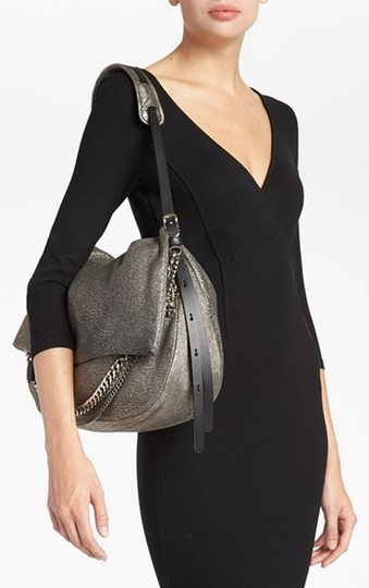 Preload https://img-static.tradesy.com/item/1721247/jimmy-choo-biker-metallic-shoulder-bag-0-0-540-540.jpg