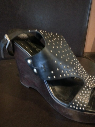 Juicy Couture Black with studs Sandals