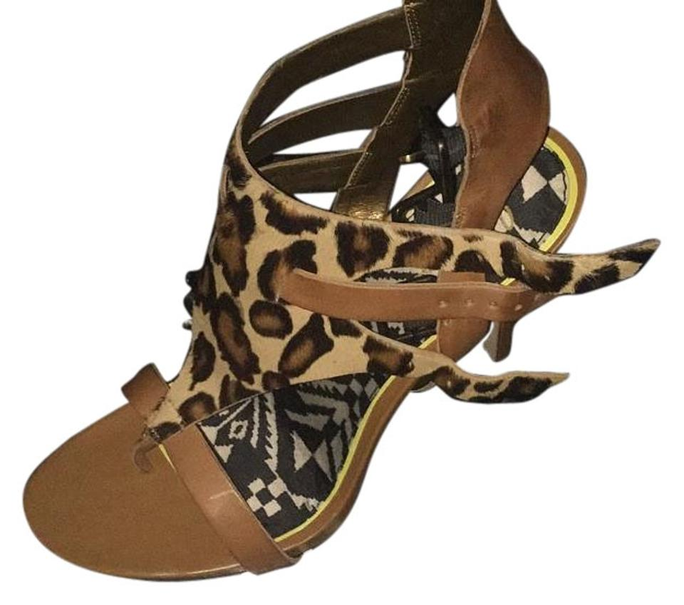 3111e6feb7ef4 Sam Edelman Cheetaprint  Brown Sandals Size US 11 Regular (M