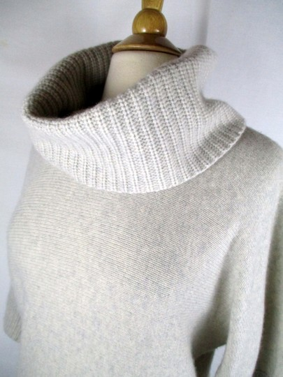 low-cost Lord & Taylor 70% Wool 30% Cashmere Turtlenck Sweater