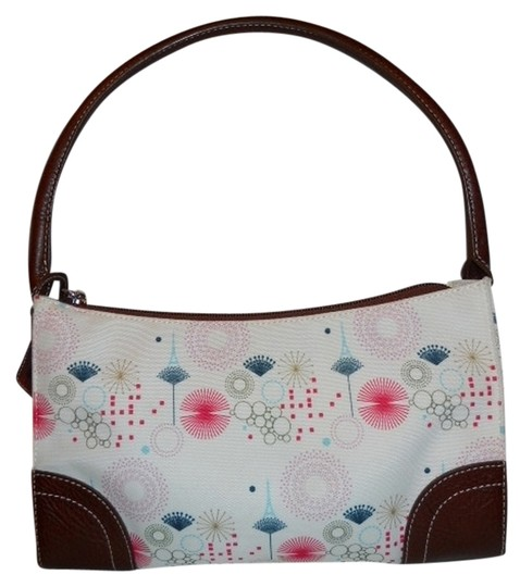 Preload https://item2.tradesy.com/images/eiffel-tower-print-white-multi-canvas-with-leather-trim-shoulder-bag-1721501-0-0.jpg?width=440&height=440