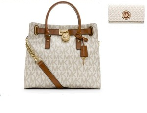 Michael Kors Next Day Shipping Tote in Vanilla
