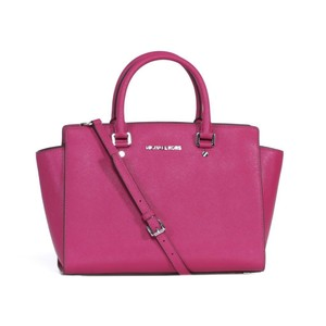 Michael Kors Saffiano Leather Mk Selma Selma Mk Pink Mk Pink Satchel in Raspberry Pink/Silver Tone Hardware