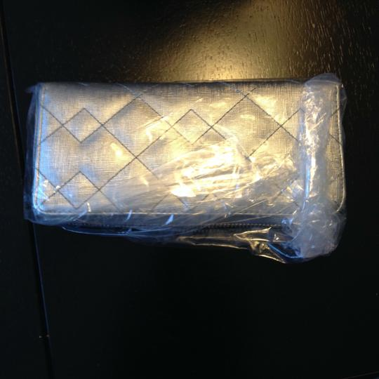 Marc by Marc Jacobs NEW Marc by Marc Jacobs Slim Ziparound Wallet in Silver $198 Image 1