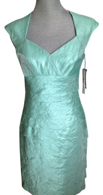 Preload https://item3.tradesy.com/images/london-style-cocktail-dress-1722087-0-0.jpg?width=400&height=650