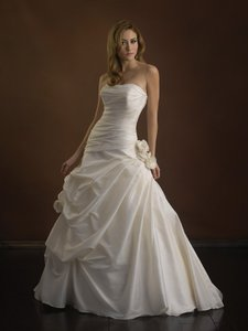 Allure Bridals P862x Wedding Dress
