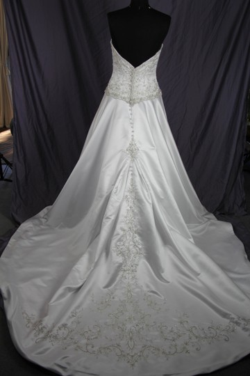 Allure Bridals P863 Wedding Dress