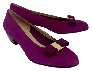 Salvatore Ferragamo Dark Magenta Suede Low Bow Heels Pumps