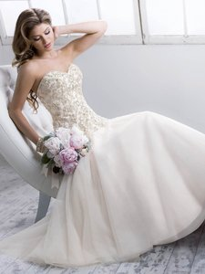 Maggie Sottero Quincey Wedding Dress