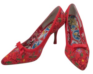 Miss L Fire Red print Pumps
