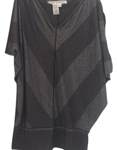 Max Studio Top Black and gray