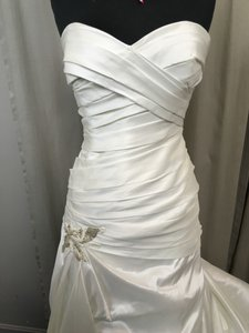 Enzoani Fassberg Wedding Dress