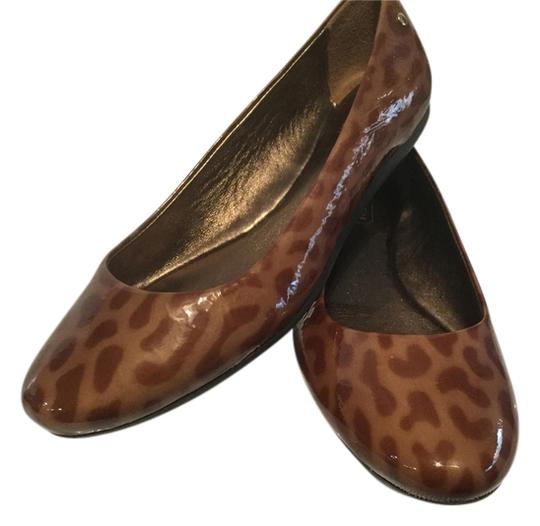 Preload https://item5.tradesy.com/images/coach-make-an-offer-new-multi-color-patent-leather-padded-insoles-dayton-flats-size-us-55-regular-m--1722799-0-2.jpg?width=440&height=440