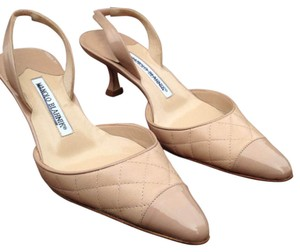 Manolo Blahnik Light beige Pumps
