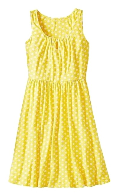 Preload https://img-static.tradesy.com/item/17228608/hanna-andersson-yellow-polka-dot-sophia-slipover-short-casual-dress-size-6-s-0-1-650-650.jpg