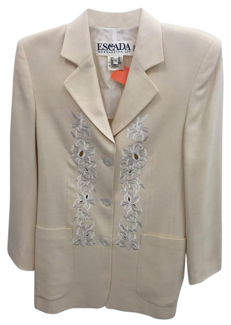 Escada Floral Embroidered Perforated Cream Blazer Image 0